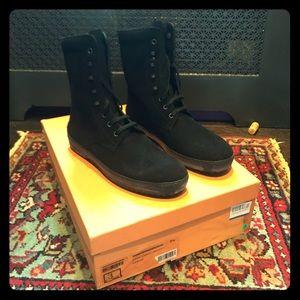 Tod's Men's Leather Sivaletto Winter Gommini Boot